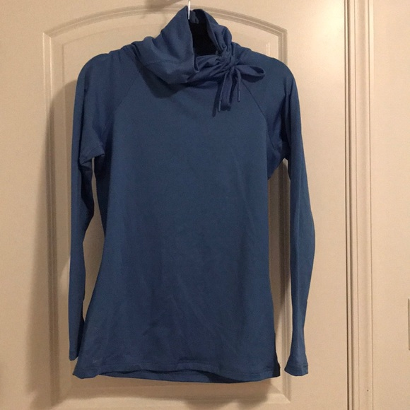 c2182eafdbbd Nike Pro Dri-Fit Cowl Neck Pullover. M 5a8e26841dffda2bfd42fe89
